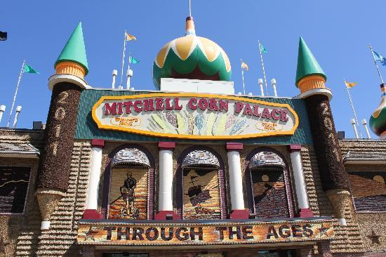 outside-of-the-corn-palace